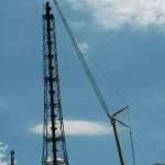 impianti petrolchimici | raffineria ENI Taranto torcia alta 114 m