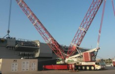 Movimentazione in arsenale nuovo Taranto | Cavour Demag AC 2800