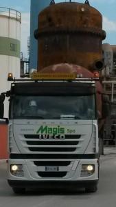 Trasporti eccezionali MAGIS SPA | Iveco Stralis
