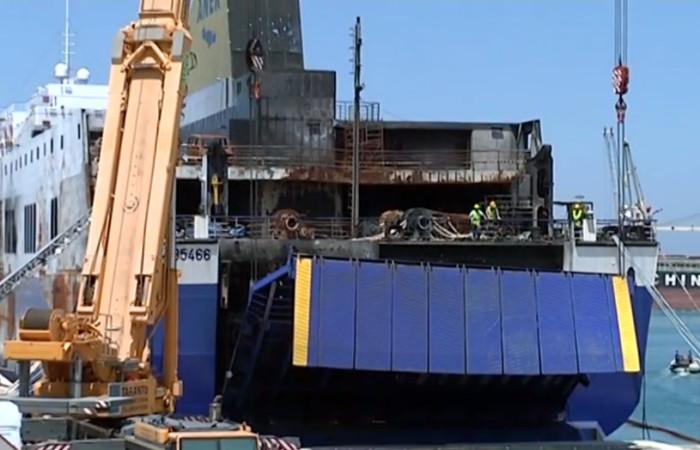 Magis Srl | sollevamento portellone nave Norman Atlantic prosegue apertura